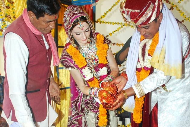 indo-russian marriage-1