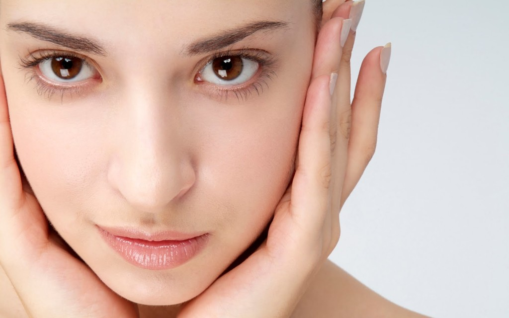 5 domestic solutions for glowing skin