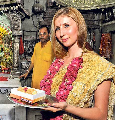 claudia ciesla converted to hinduism2