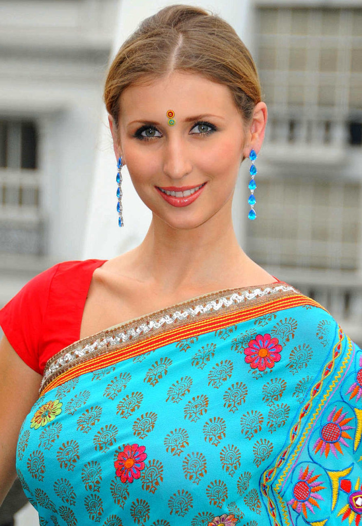 claudia ciesla converted to hinduism3