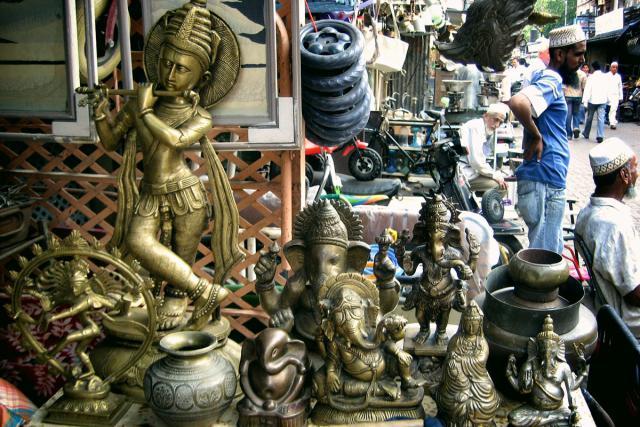 Mumbai Chor Bazaar