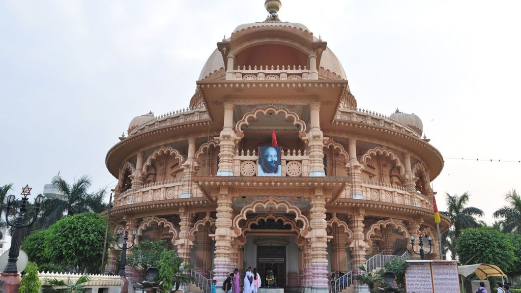 Chhatarpur Mandir in hindi