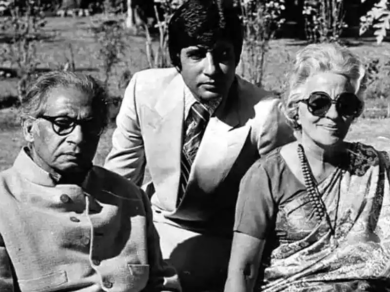 कवि हरिवंश राय बच्चन का जीवन परिचय | Harivansh Rai Bachchan Biography In Hindi