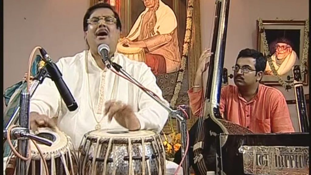 Ajoy Chakrabarty (Indian vocalist) Biography In Hindi