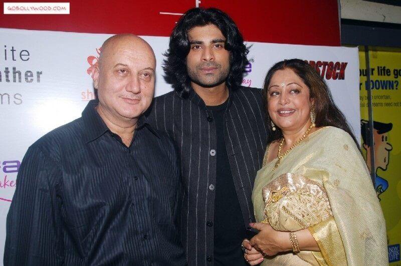 Kirron Kher Biography In Hindi